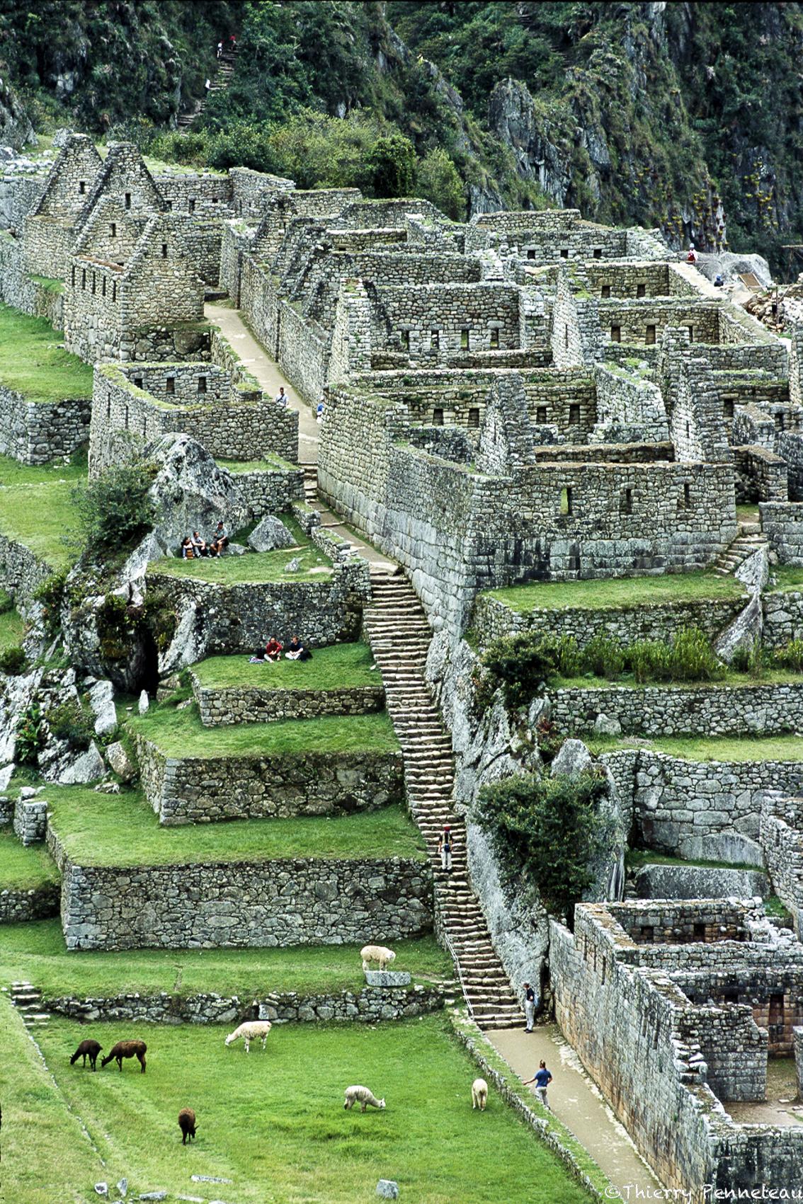 07-Machu-Pichu